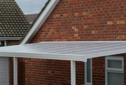 carport with polycarbonate