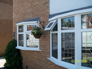 leaded upvc bay windows in a 1960s property